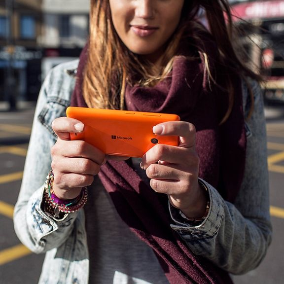 Microsoft Lumia 535 - the era of post-Nokia officially launched