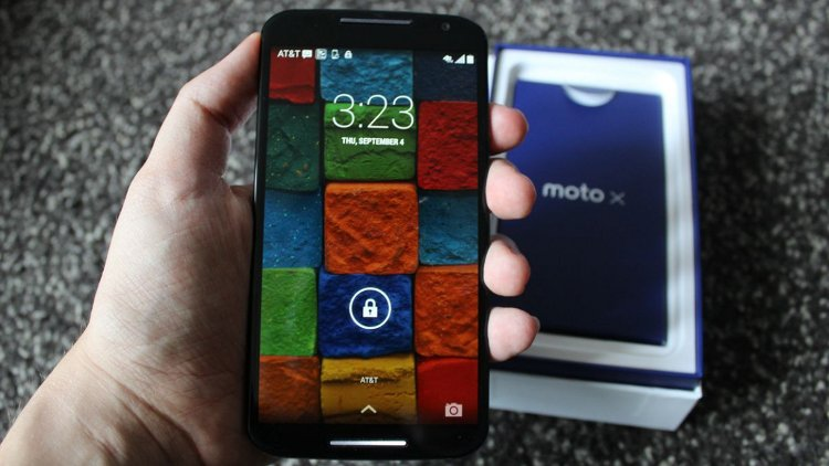 Note Edge vs Moto X 2014