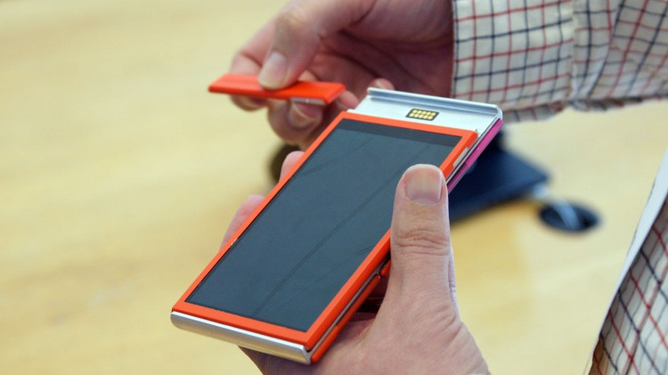 There has been a Project Ara first competitor Vsenn