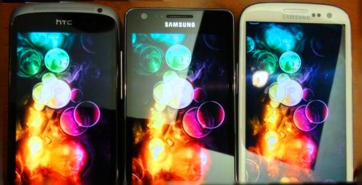 Samsung accused of using a secondary AMOLED display