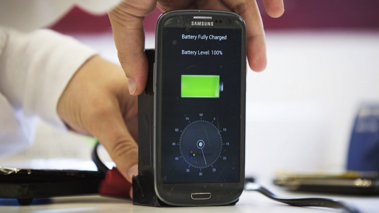 Charge the smartphone for 30 seconds?