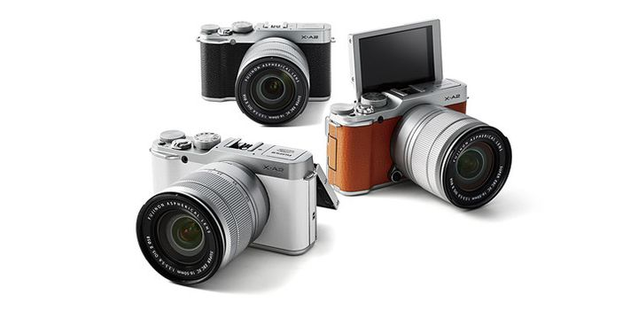 Announcement of the Fujifilm X-A2 - DSLRs with Swivel Screen
