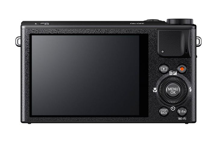 Announcement Fujifilm XQ2 - Compact Luxury