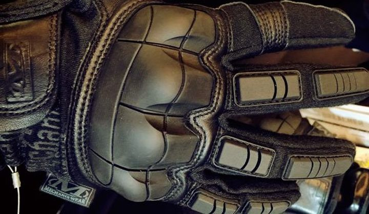 The Breacher - new military tactical and modern gloves Mechanix Wear