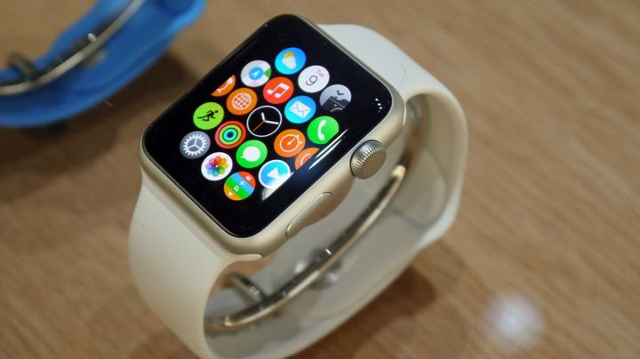 Ebay will be the first store in the sale of Apple Watch apps