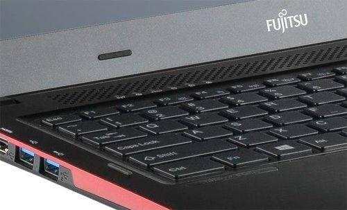 Fujitsu LIFEBOOK U554 review - intellectuals in the refined suit