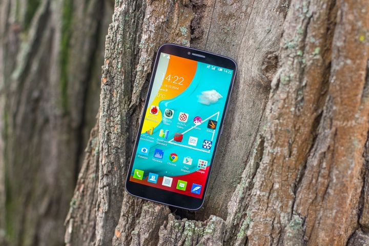 """Review ALCATEL ONETOUCH Hero 2 (8030Y): """"DJ"""" Phablet with a pen!"""