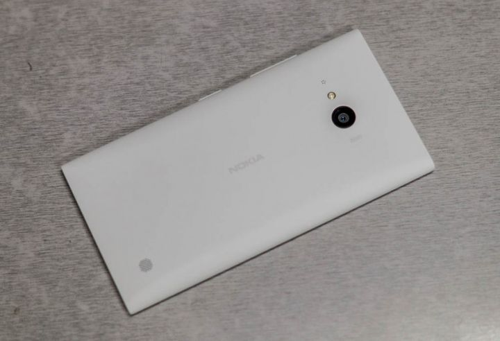 Review of Nokia Lumia 730 - classics of the genre