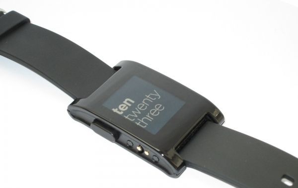 New sales up of SmartWatches Pebble has exceeded 1 million copies