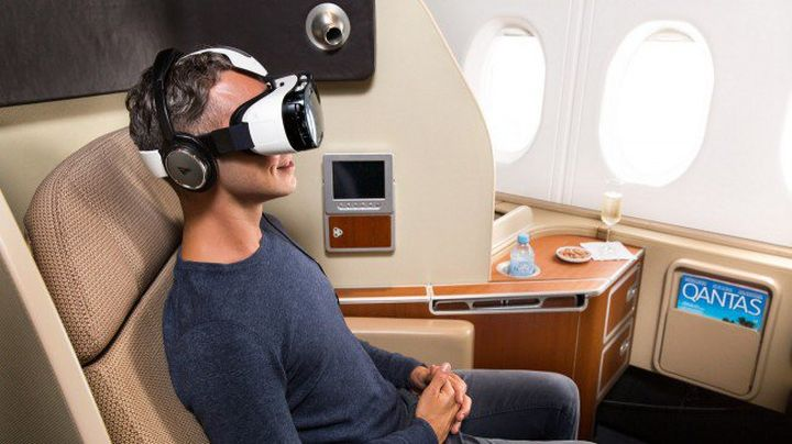 In the aircraft will give a virtual reality helmet