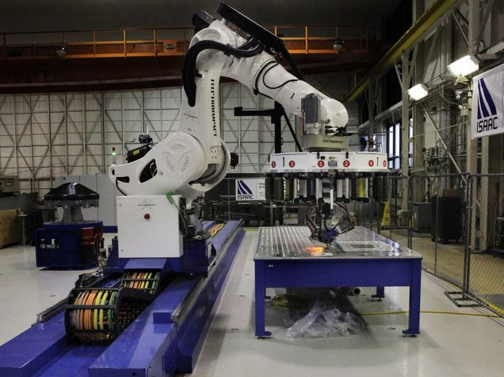 Modern ISAAC robot joins the staff of NASA, to create advanced composites