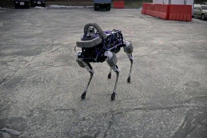 Meet: Spot - four-legged new robot from Boston Dynamics