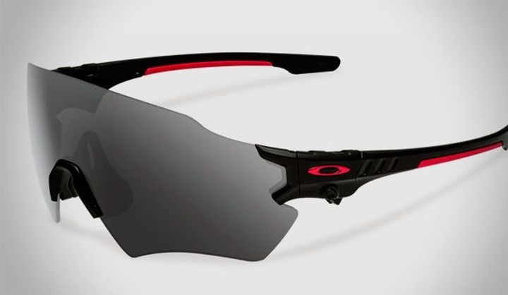 New and modern shooting glasses Oakley SI tombstone