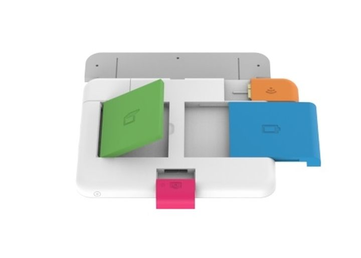 "The creators of new OLPC ""hundred-dollar laptop"" copied ""revolutionary modular smartphone"""