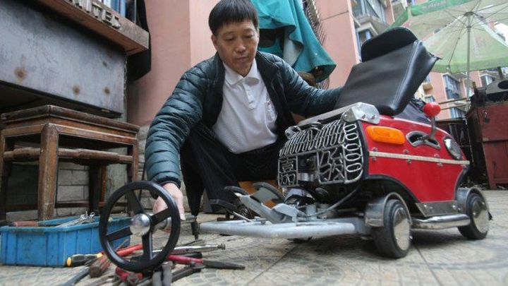 So its really Vacuum cleaner on wheels or electric in Shanghai?