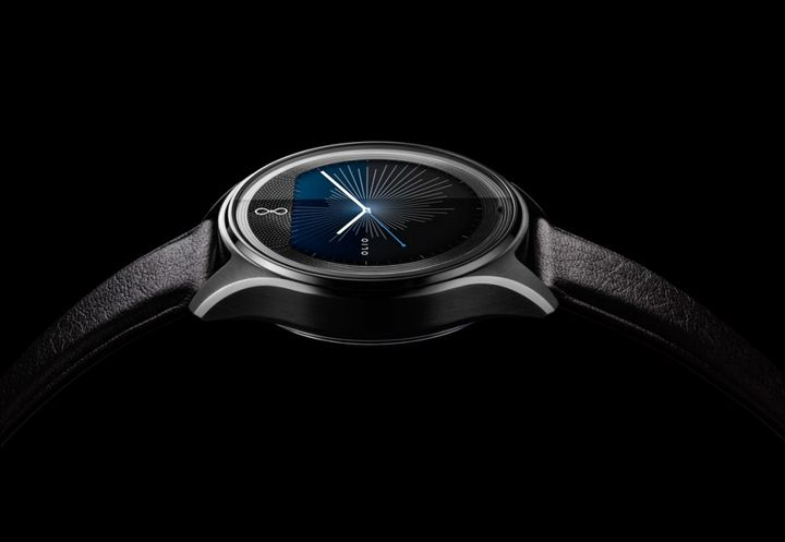 "Olio Model One: not only ""smart"", but also a beautiful watch"