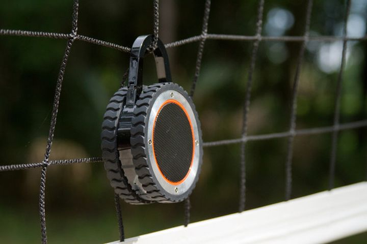 Extreme portable speaker of ALL-Terrain Sound