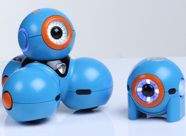 The most interesting robot toys modernity