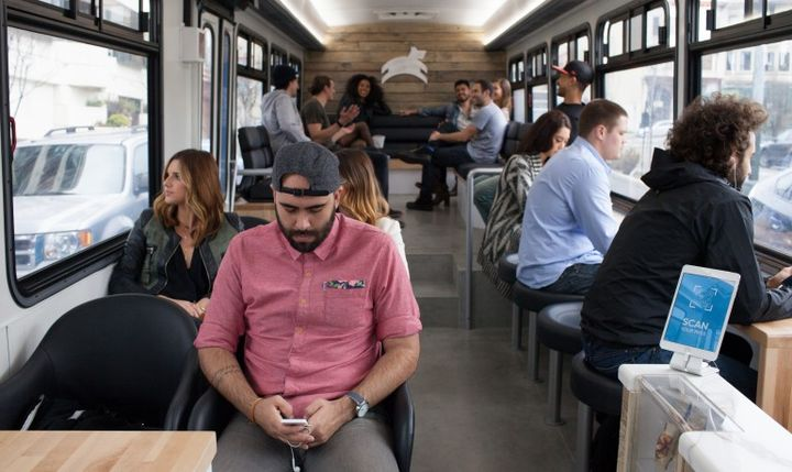 Luxury buses Leap begin to ride on San Francisco