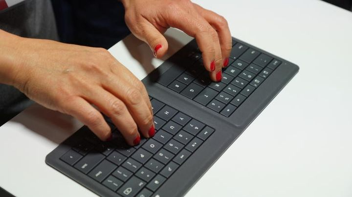 Microsoft introduced universal new foldable keyboard