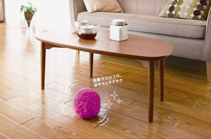 Mocoro Robot - an new unusual way to keep floors clean