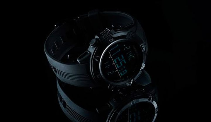 New and modern features watches Clawgear Mission Sensor MKII