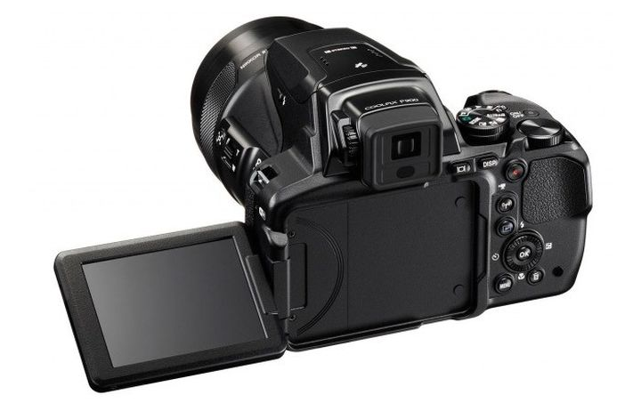 Nikon Coolpix P900: new camera 83-fold zoom for 600 dollars