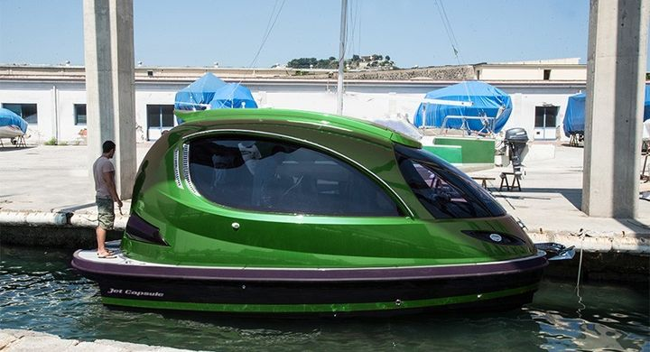 Reptile: new mini-yacht from the creators of Jet Capsule