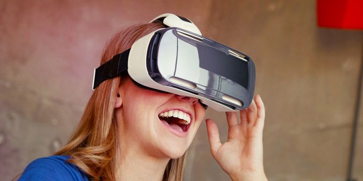 Samsung showed an enhanced new Gear VR Innovator Edition