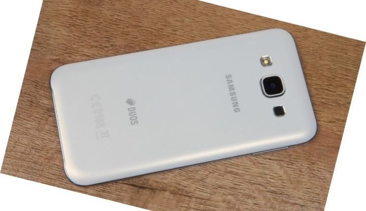 Smartphone Samsung Galaxy E5 review
