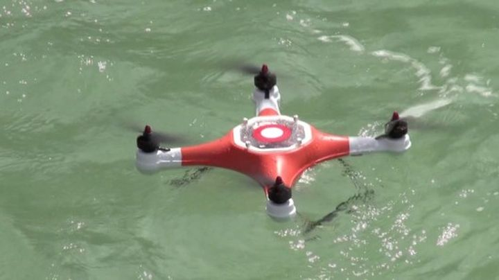 Waterproof Quadri copter designed to shoot above and under water