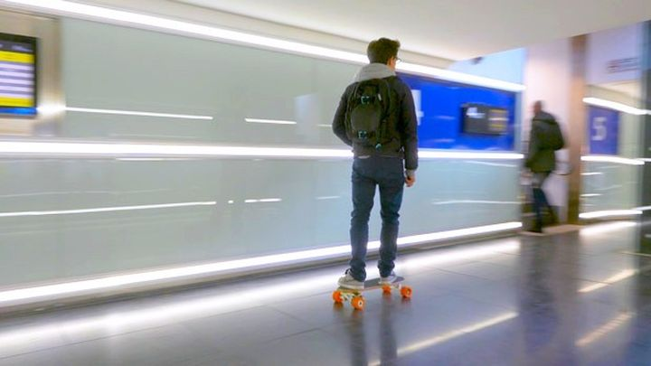 Bolt - compact electric skateboard