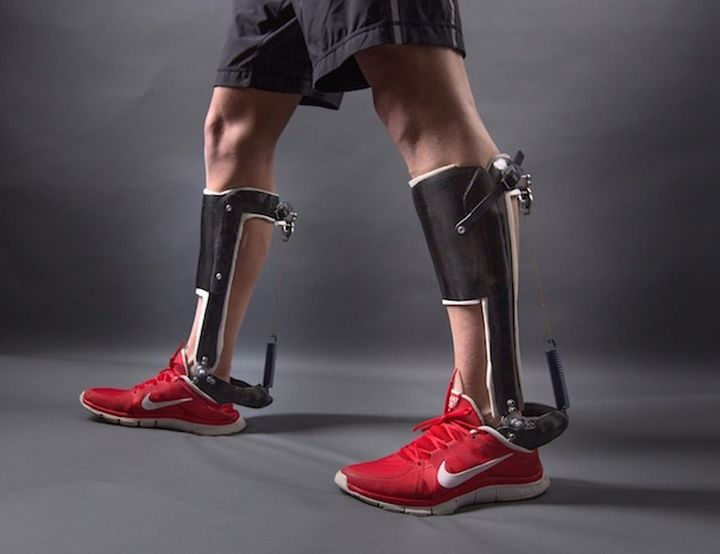 Mechanical exoskeleton makes walking more efficient