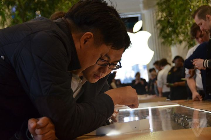 Apple Watch in London, Paris and Hong Kong