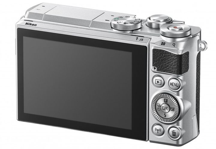 Nikon 1 J5: compact camera with interchangeable lenses and support for 4K