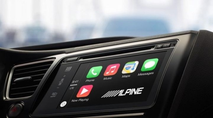 Alpine iLX-700 - an attractive media receiver with Apple CarPlay