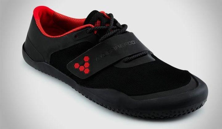 Vivobarefoot Motus a new multisport sneakers