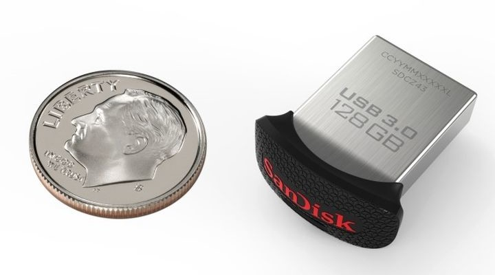 SanDisk Ultra Fit - the smallest USB flash drive with 128 GB