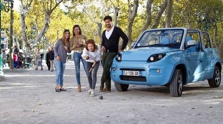 Bluesummer: French electric car with an open top