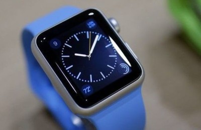 Apple Watch - leader in sales of handheld devices in 2015