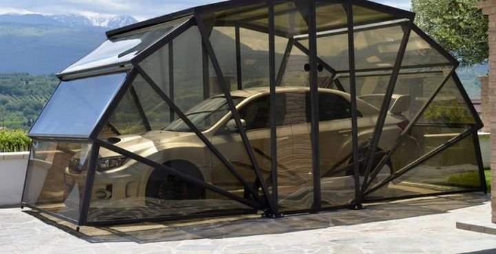 GazeBox - transparent folding garage