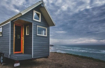 Half / Half - tiny house for $ 22,000