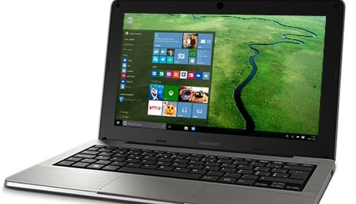 Medion Akoya S2218 - a miniature laptop for $ 240
