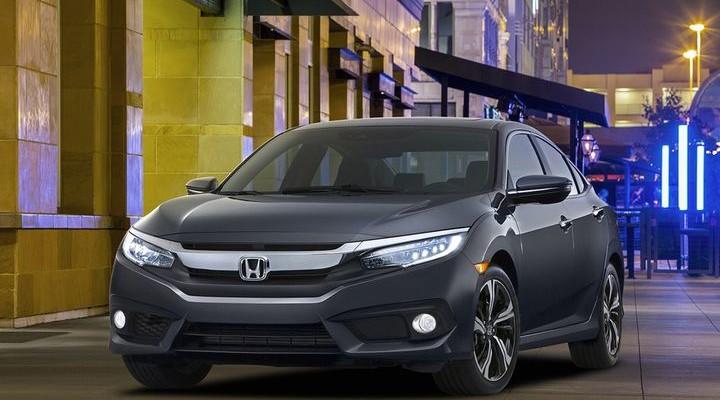 2016 Honda Civic Launched Apple CarPlay