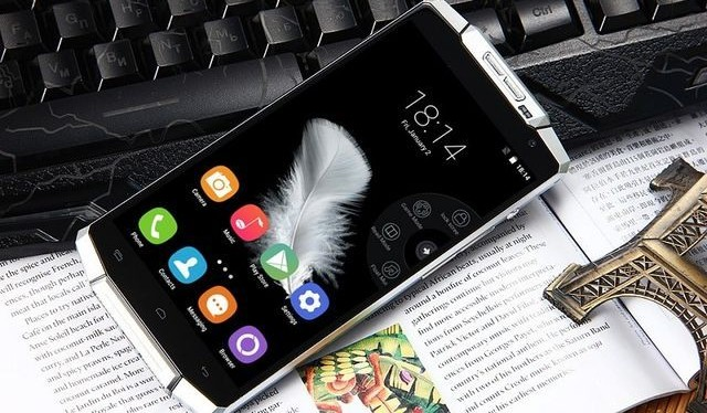 Oukitel K10000: smartphone with the largest battery